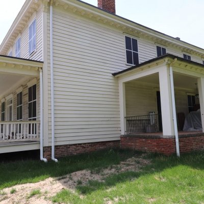 Historic home in PG county ineed to be painted Klappenberger & Son a painting and handyman franchisee will be doing the painting